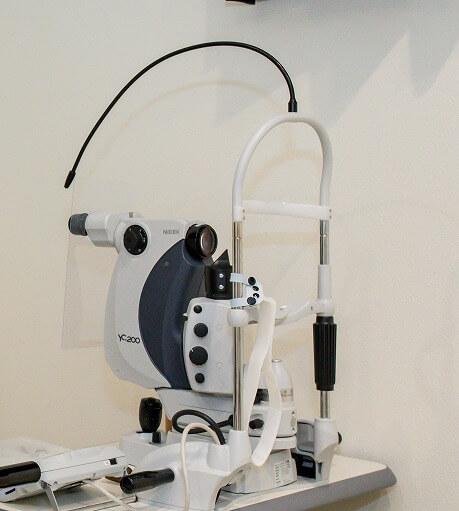 後発白内障のYAGレーザー後嚢切開術