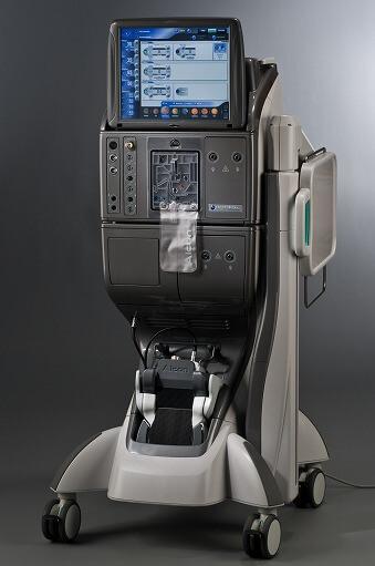 患者さんの負担を軽減する硝子体手術システム